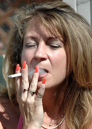 Mature Smoking Porn Pictures
